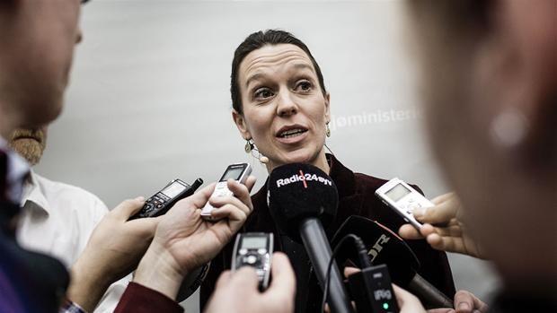 Miljøminister bekymret over dyster rapport om kyst-oversvømmelser
