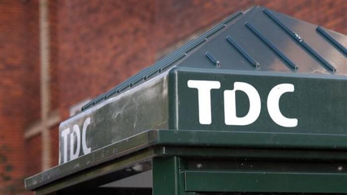 Overskud i TDC på 3 milliarder   Penge   DR
