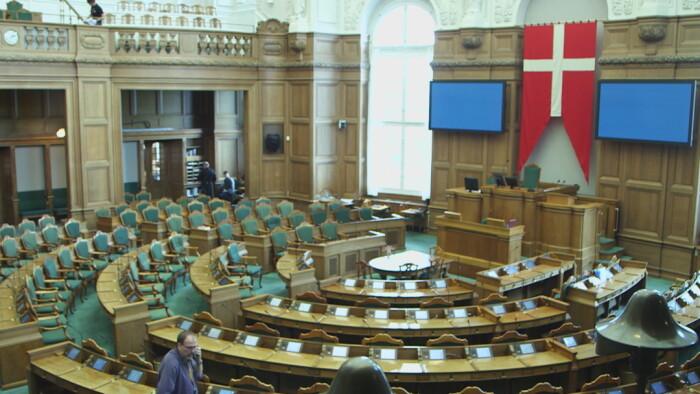 VIDEO Derfor åbner Folketinget den første tirsdag i oktober | Politik | DR