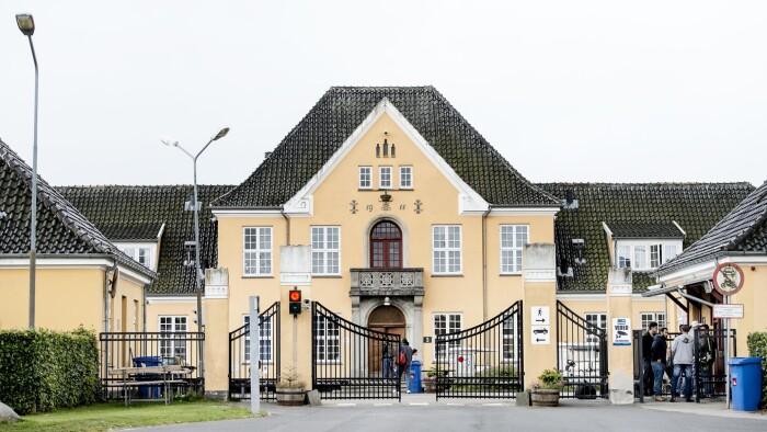 Mistænkt for drab i Center Sandholm udleveres nu fra Holland | Indland | DR